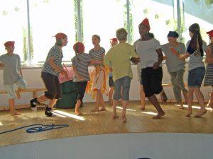 Theaterwerkstatt Weichold 2010 - Robinson Teil 2