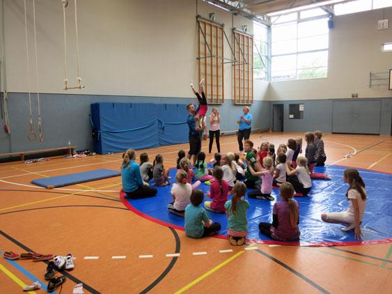 Zirkus 2013 Probe Kinder Akrobatik_1