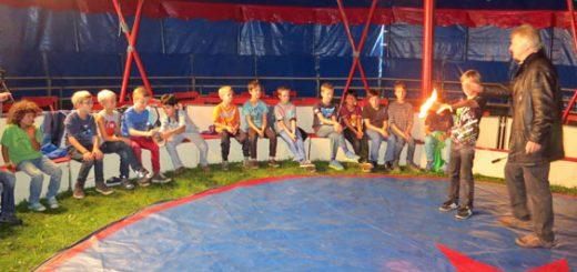 Zirkus 2013 - Probe Kinder Fakire-und-Feuer