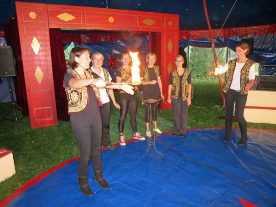 Zirkus 2013 - Probe Eltern Feuer