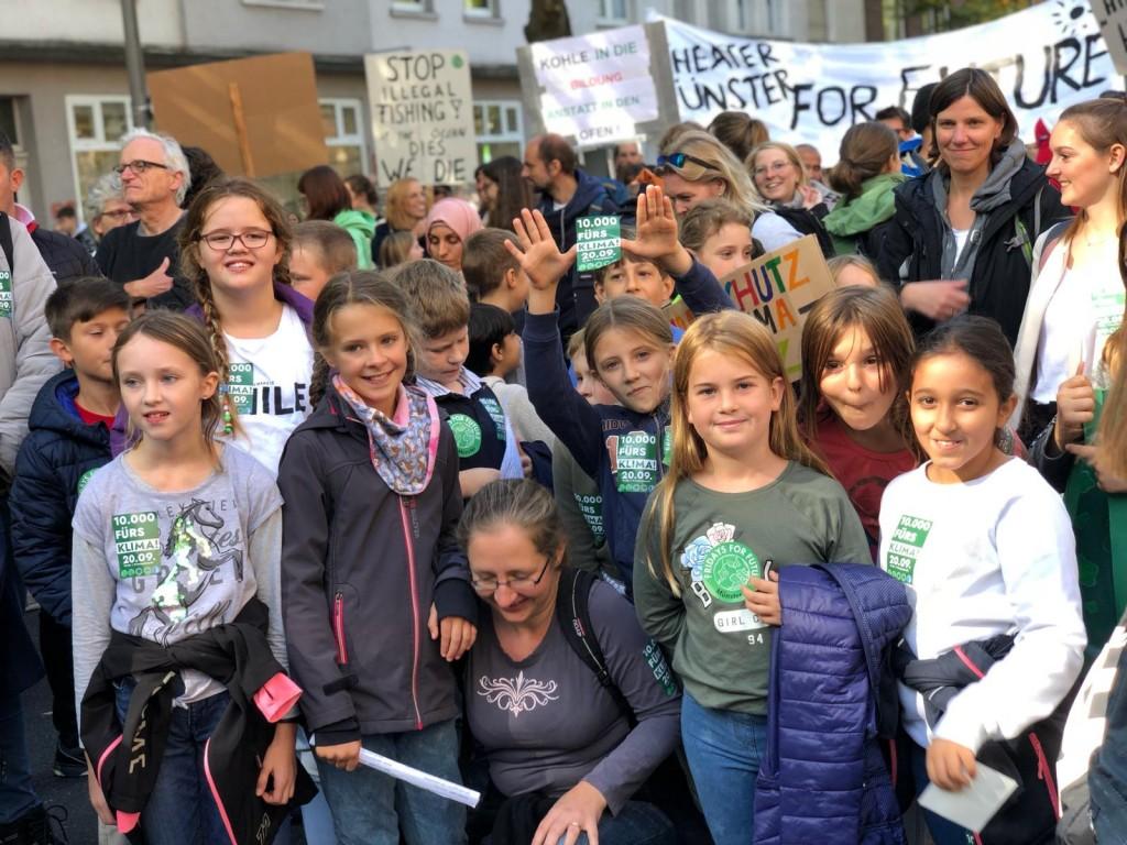 Viertklässler bei der Klima-Demo