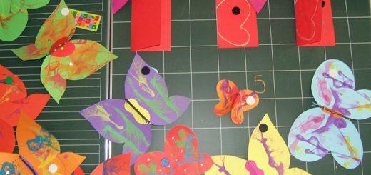 Frühlingsprojekt 2011 - Schmetterlinge spiegeln